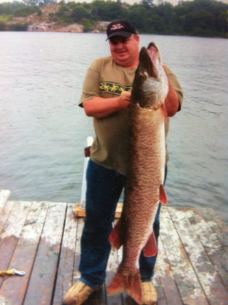 Jerry With Muskie Aug 2013